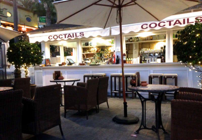 Die Lounge-Bar