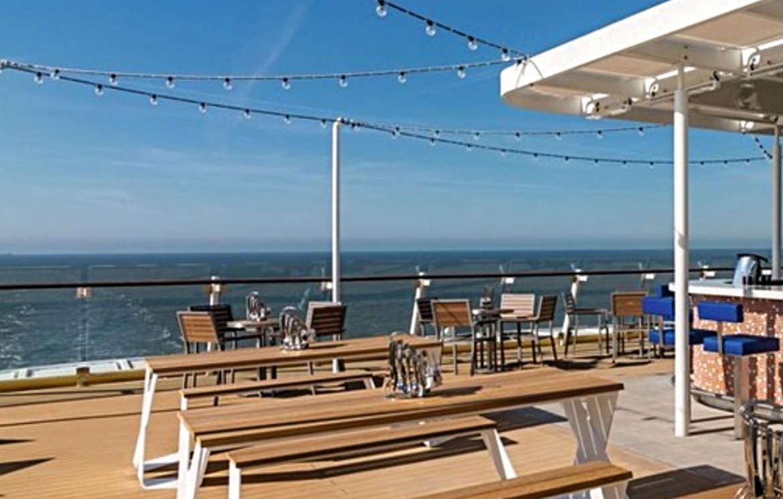 Die Außenalster - Bar & Grill (Deck 14) auf Mein Schiff 3