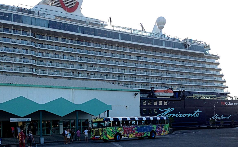 Der Party-Bus bringt uns zurück an Board von Mein Schiff 3