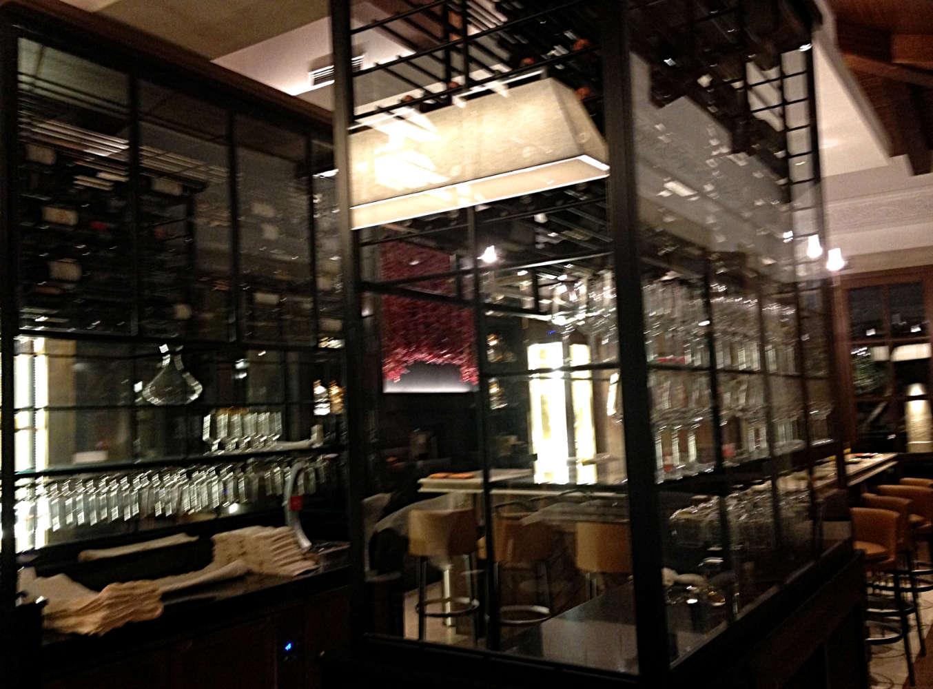 Eine der Bars im Park Hyatt Mallorca