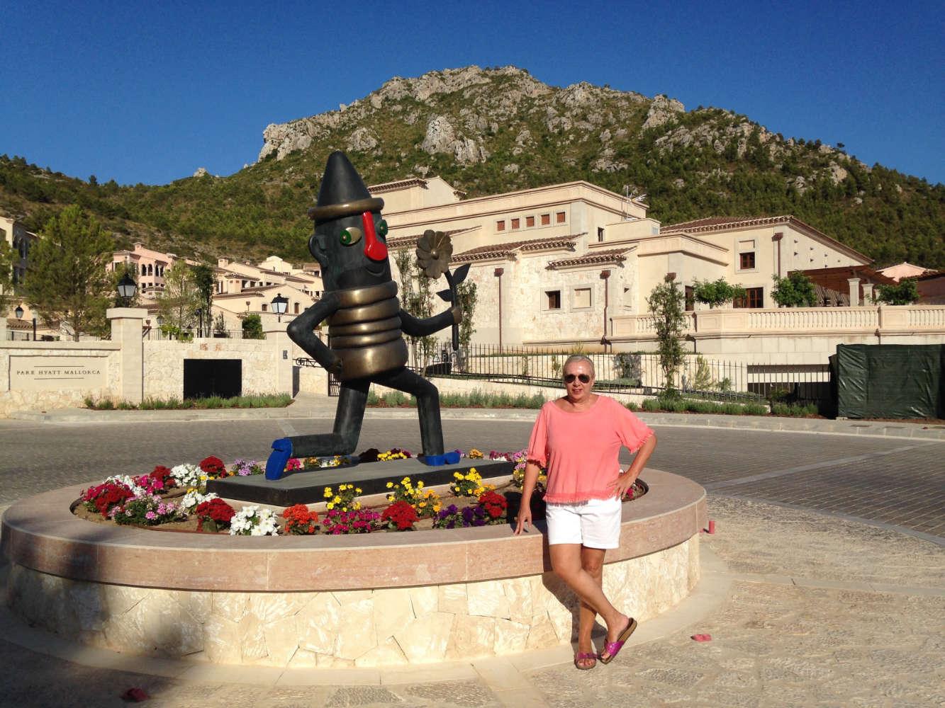 Vor dem Park Hyatt Mallorca