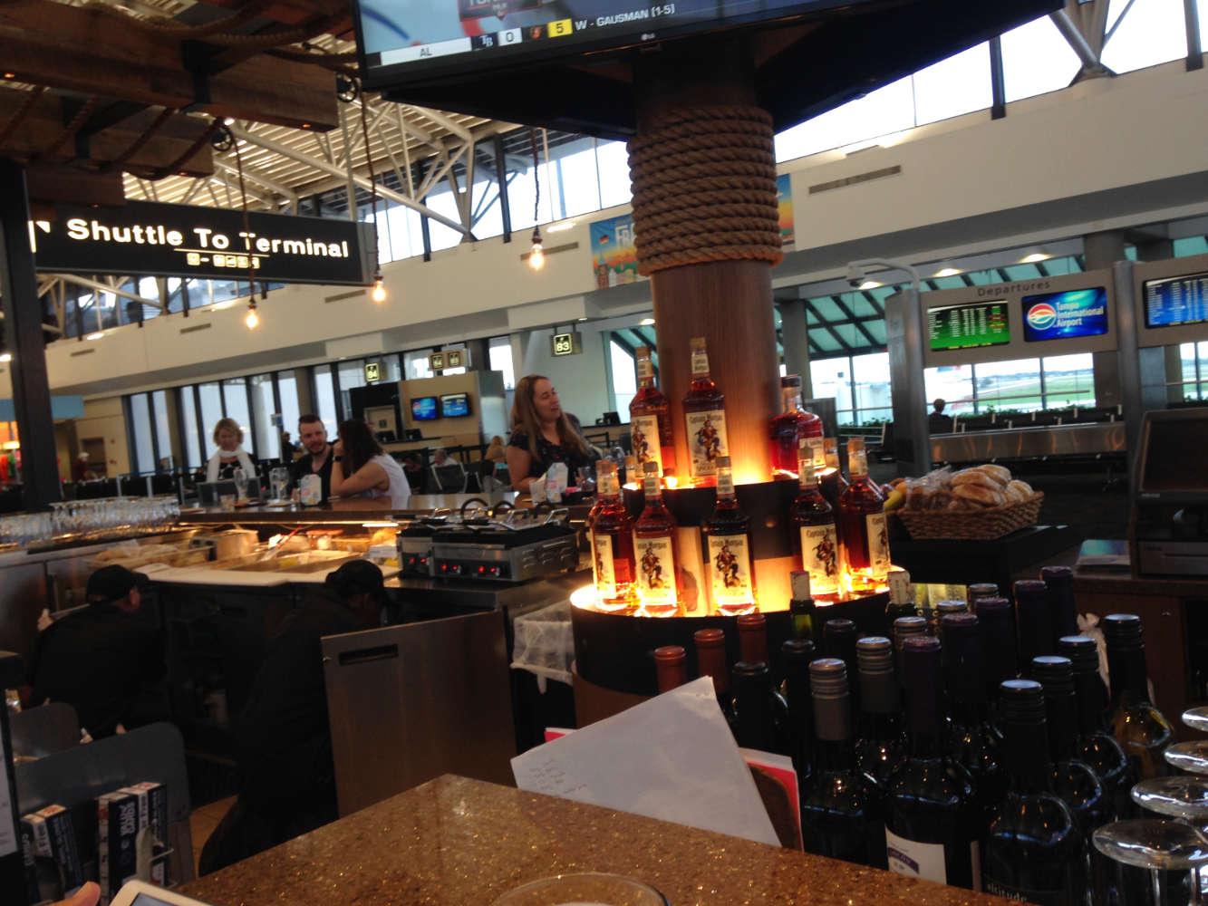Terminal F am Flughafen in Tampa