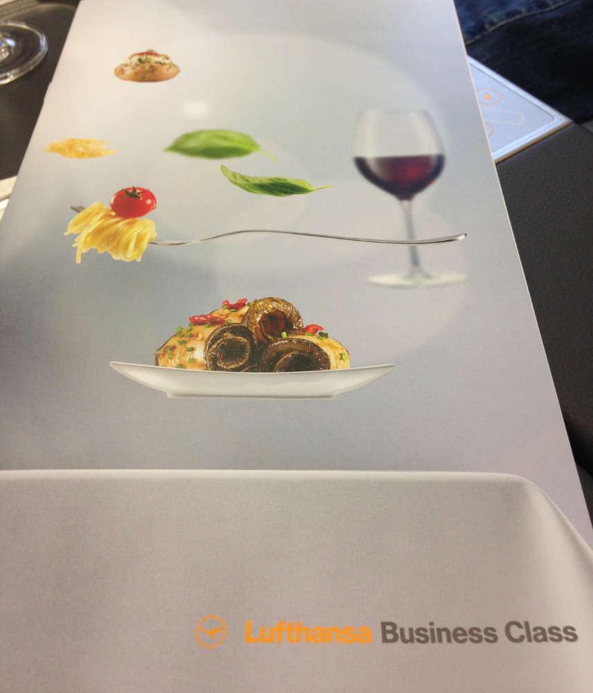 Menuekarte in der Business Class der Lufthansa