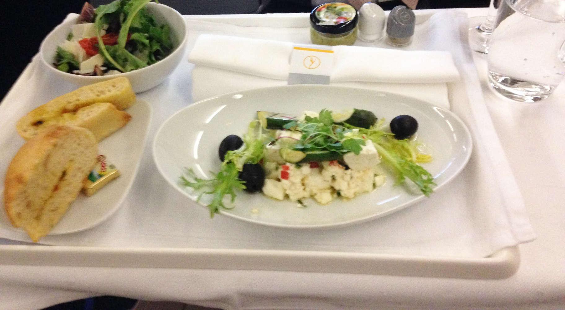 Vorspeise in der Business Class der Lufthansa