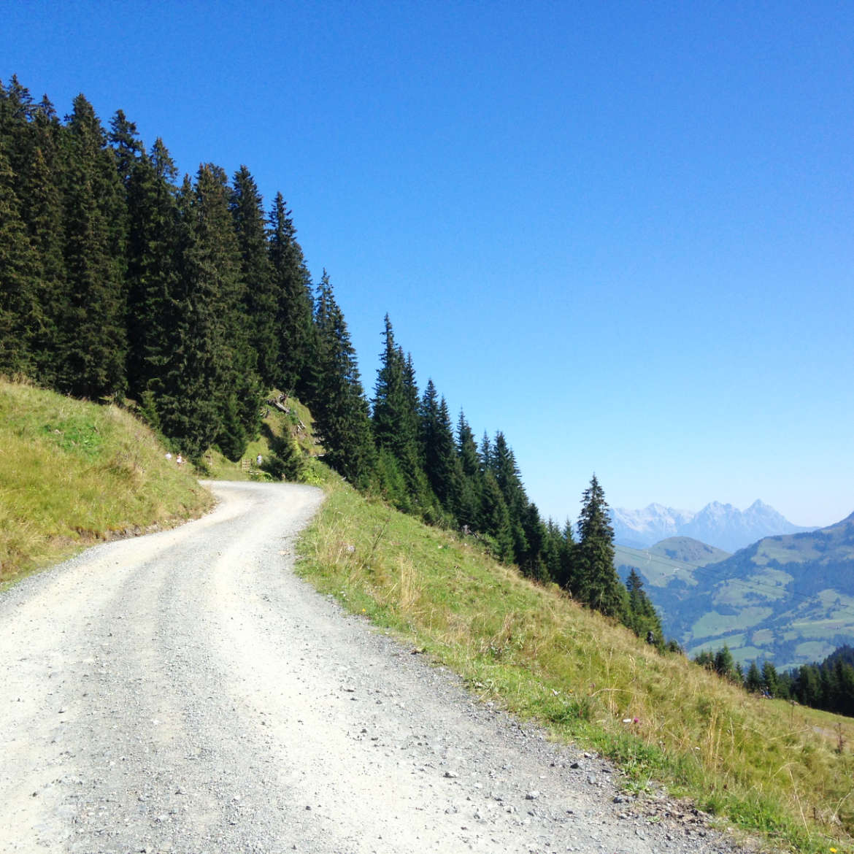 Breite Wanderwege