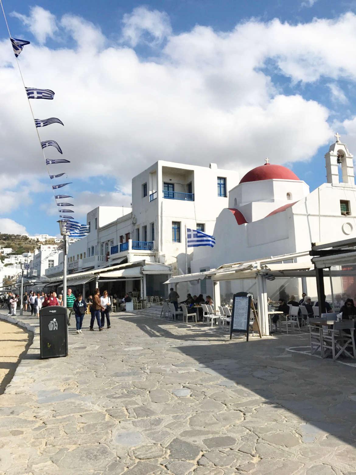 Am Hafen von Mykonos