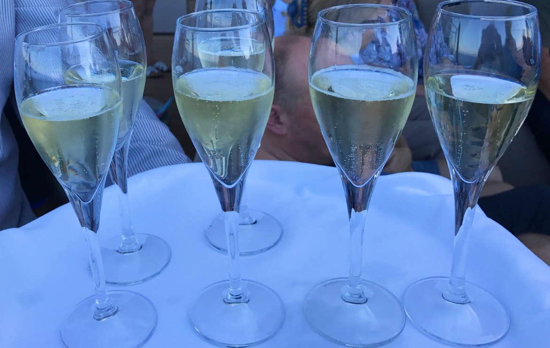 Mein Schiff - Champagner Treff