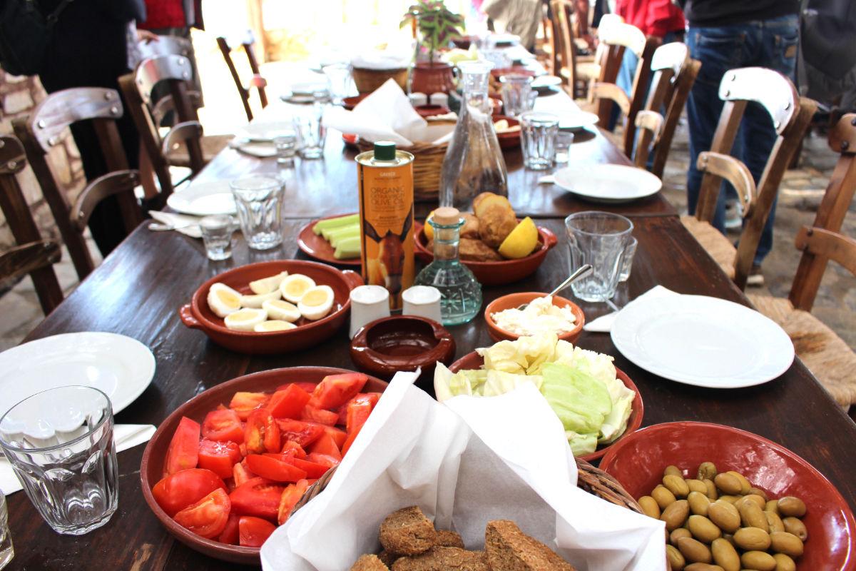 Beim Essen auf Kreta